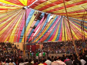 孟加拉国的传统马戏06
