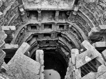 印度的阶梯井09
