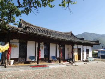 东北朝鲜族传统瓦房及瓦当02