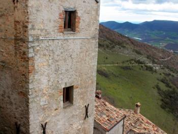 意大利艾尔基托古堡13
