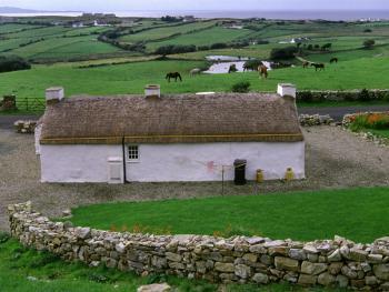 爱尔兰传统的石屋11