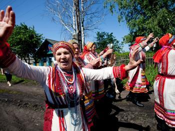 厄尔兹亚民族婚礼