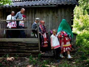 厄尔兹亚民族婚礼09