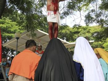 耶稣受难周表演11