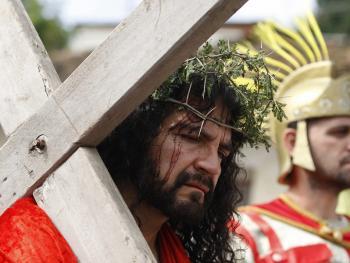 耶稣受难周表演06