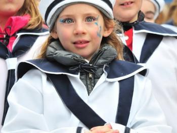 儿童狂欢节游行