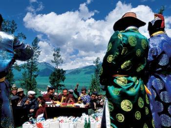 图瓦人的敖包节