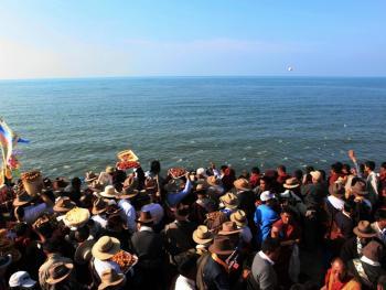 青海湖祭海09