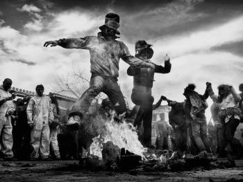 加拉西迪小镇的面粉大战09