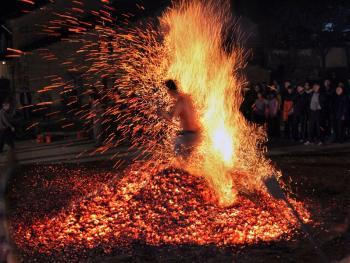 浙中山区的炼火12