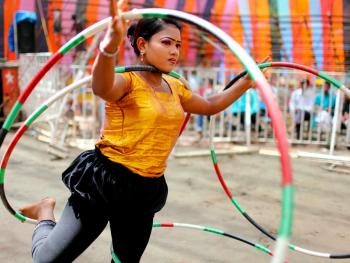 孟加拉传统马戏09
