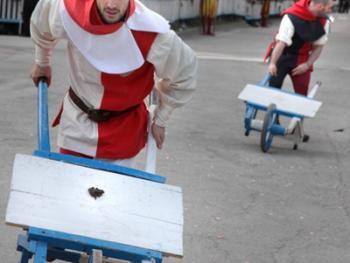 费尔米尼亚诺的推蛙赛10