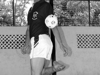 缅甸的传统运动藤球03