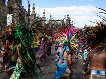 萨波潘的圣母节14