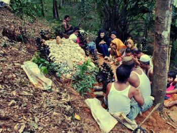 北苏门答腊简单的葬礼07