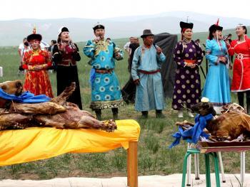 蒙古族婚礼习俗13