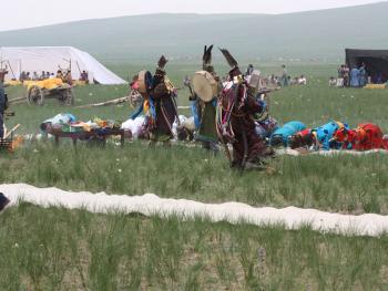 蒙古族婚礼习俗08