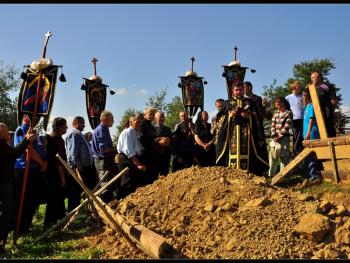 罗马尼亚小镇葬礼11