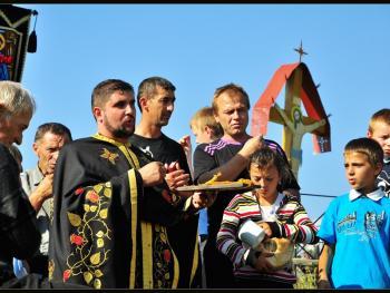 罗马尼亚小镇葬礼13