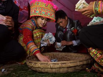 傈僳族婚俗13