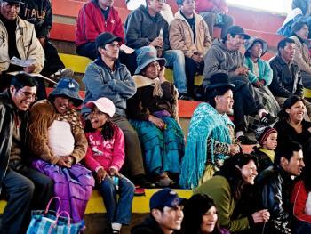 玻利维亚女子摔跤10