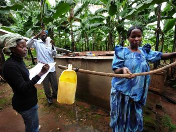 乌干达饮用水改造03