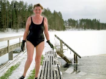 芬兰的冰泳10