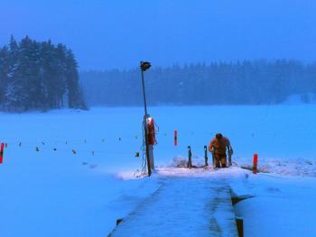 芬兰的冰泳11