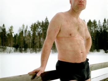 芬兰的冰泳05
