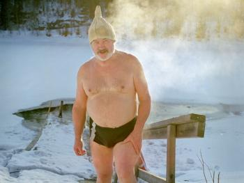 芬兰的冰泳08