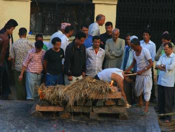印度教徒的火葬09