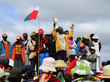 马达加斯加捡骨葬06