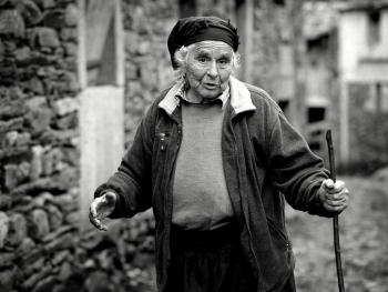 葡萄牙山村的老人09
