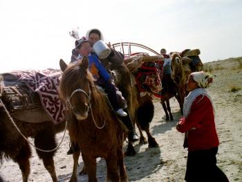 哈萨克族牧民的转场12