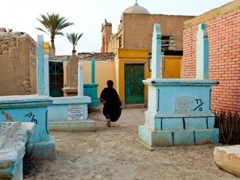 住在墓地里的开罗人12
