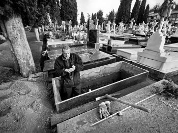殡仪倌阿玛多•拉巴尔10