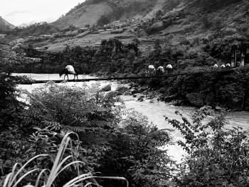独龙江的桥11
