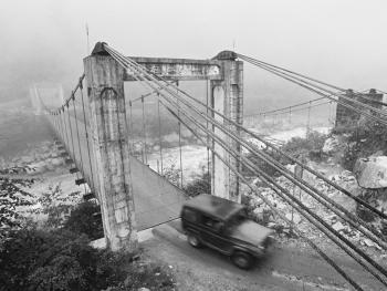 独龙江的桥12