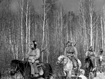 鄂伦春人冬季狩猎