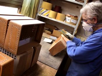 传统手风琴制作06