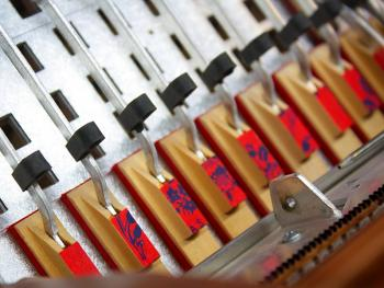 传统手风琴制作08