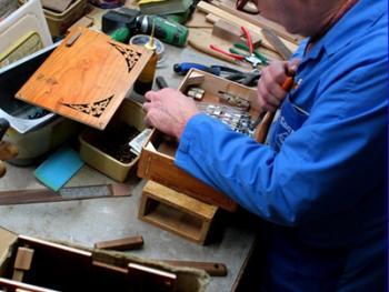传统手风琴制作09