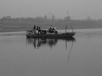 河里圈拉纤渡船05