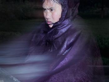 穿雨衣的杭州人08
