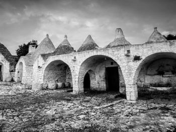 意大利乡村传统石顶小屋建筑13