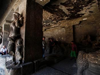 印度埃洛拉石窟04