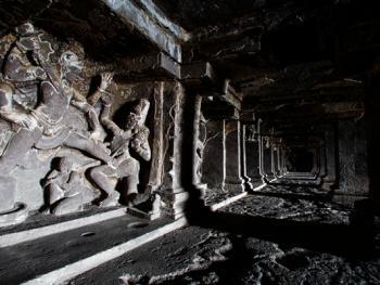 印度埃洛拉石窟07