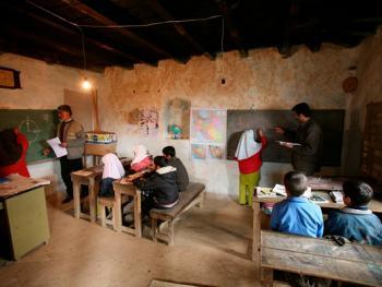 伊朗乡村学校04