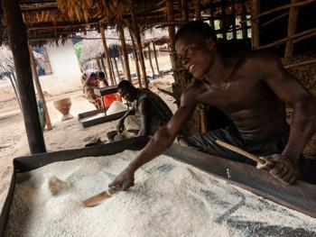 塞拉利昂乡村传统生活