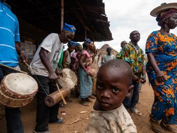 塞拉利昂乡村传统生活03